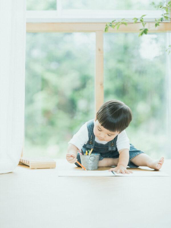 2歳バースデーフォト、はるとくん!お絵かき「
