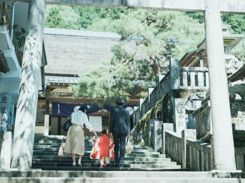 古峯神社、3歳七五三、みとちゃん!家族で本殿へ